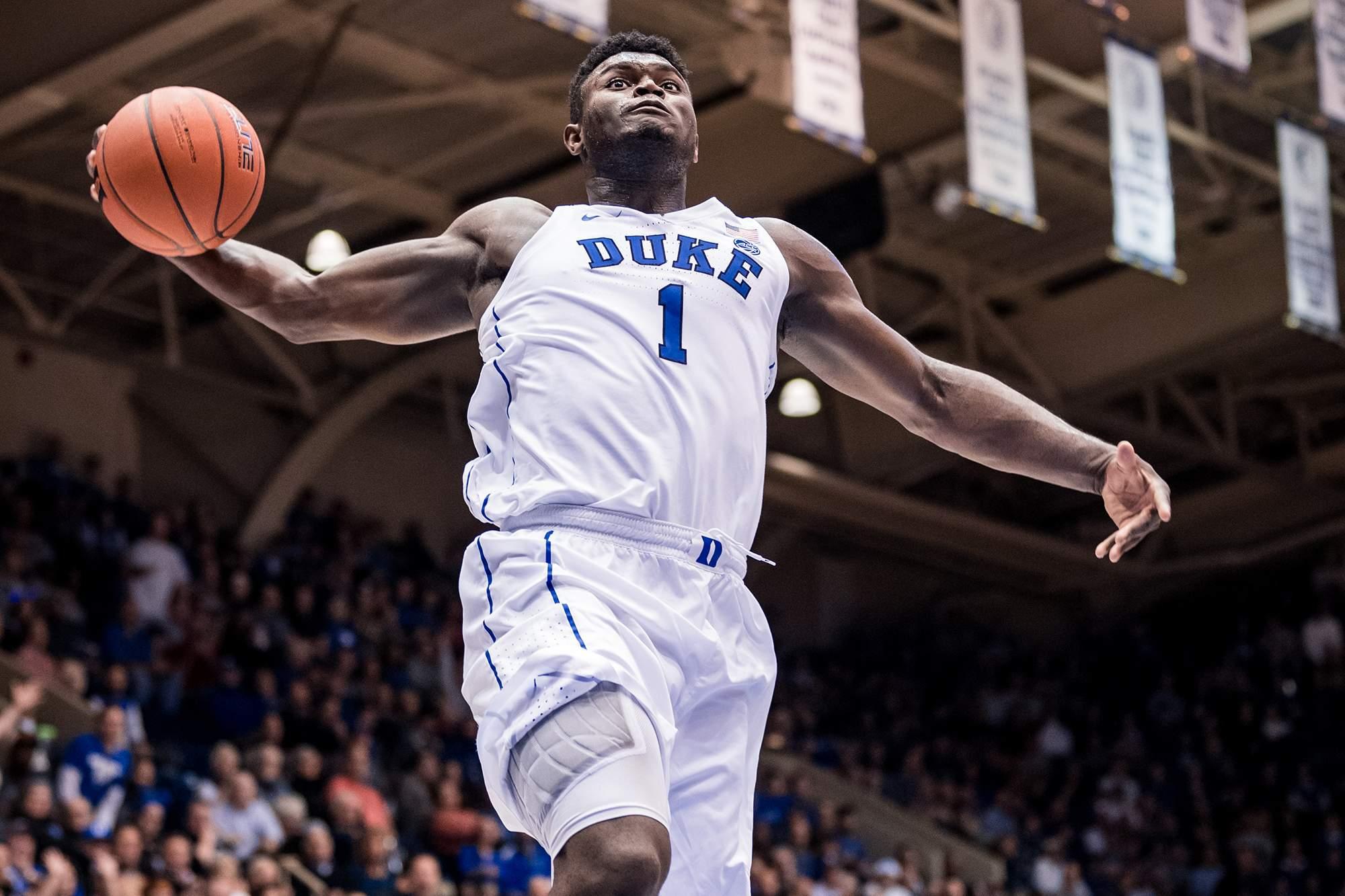 Zion Williamson scoring a basket for Duke University