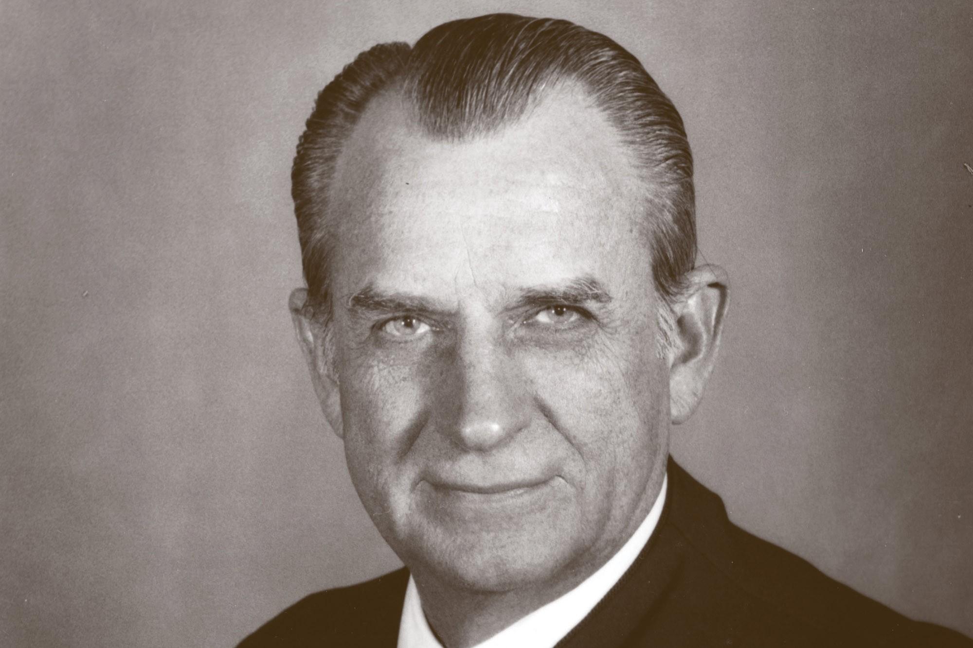 Judge Reavley in 1987
